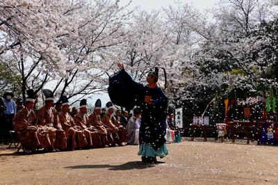 4祭り・歴史・文化「鎮花祭」三木 雅也.jpg